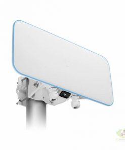 UniFi WiFi BaseStation XG gắng trụ