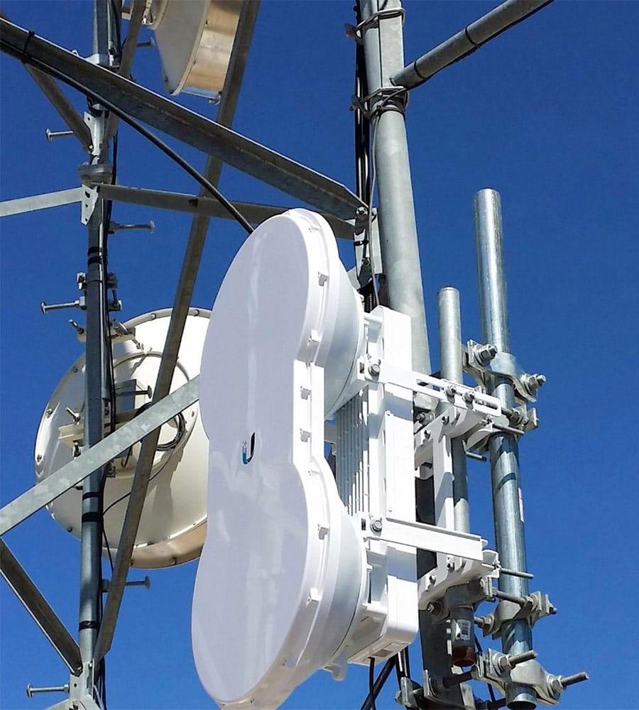 airFiber 5 lắp trạm PTS cho nhà cung cấp dịch vụ ISP
